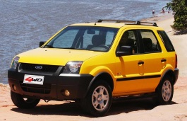 Ford EcoSport 2003 model