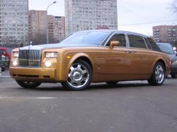 Rolls-Royce Phantom 2002 model