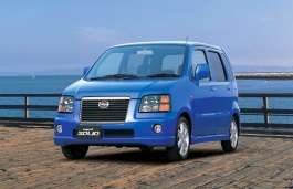 Suzuki Wagon R Solio 2000 model